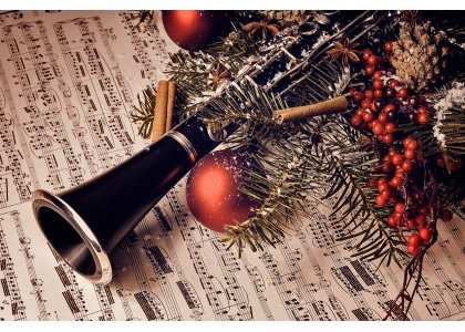 Gear Up Your Musical Instruments for the Christmas Eve!