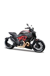 Maisto 2049733 1:12 Scale Ducati Diavel Carbon Model Motorbike